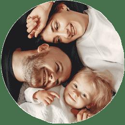Famille protégée par une mutuelle santé