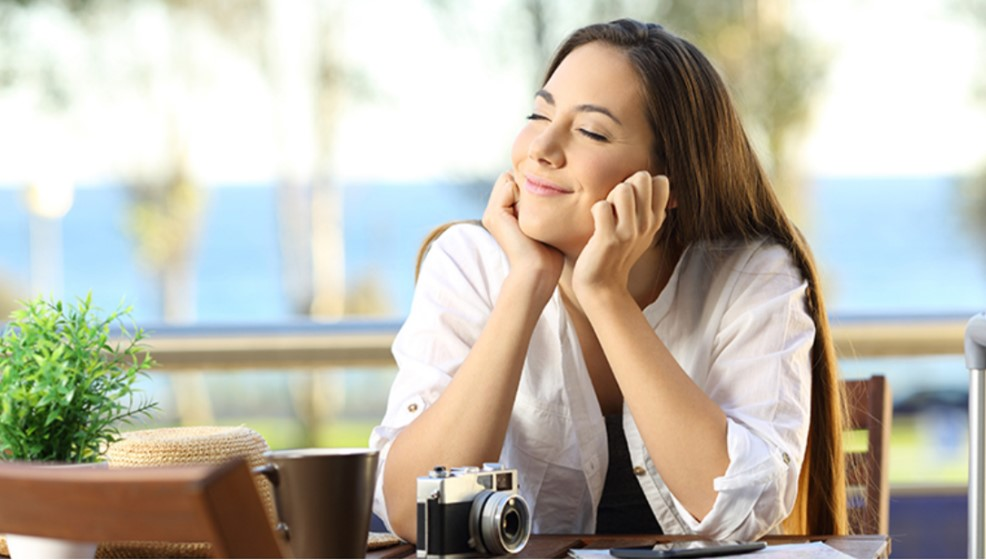 femme heureuse assurée territoria mutuelle
